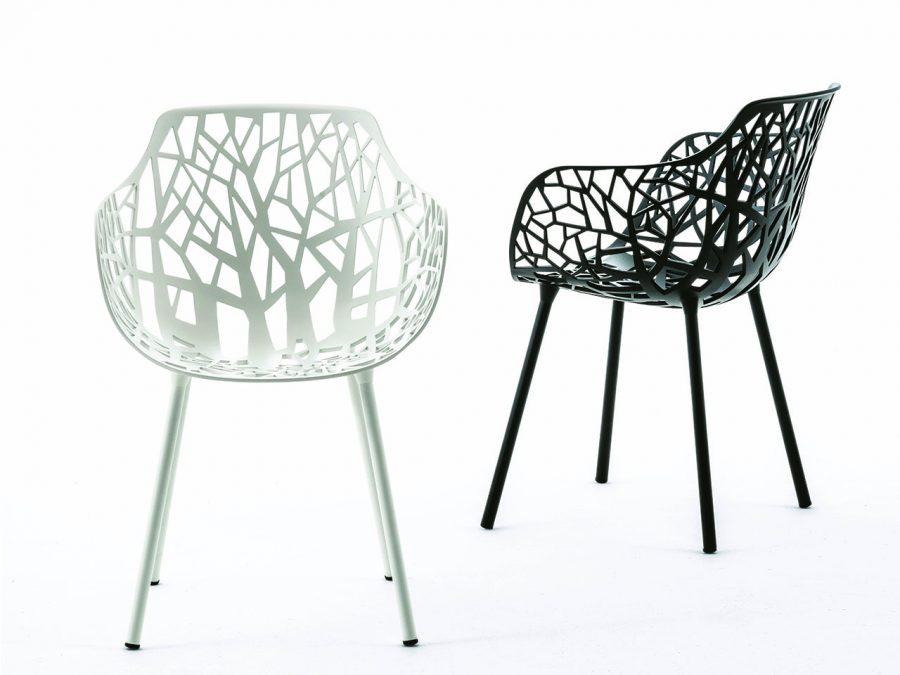 Sedia con braccioli Forest di Fast